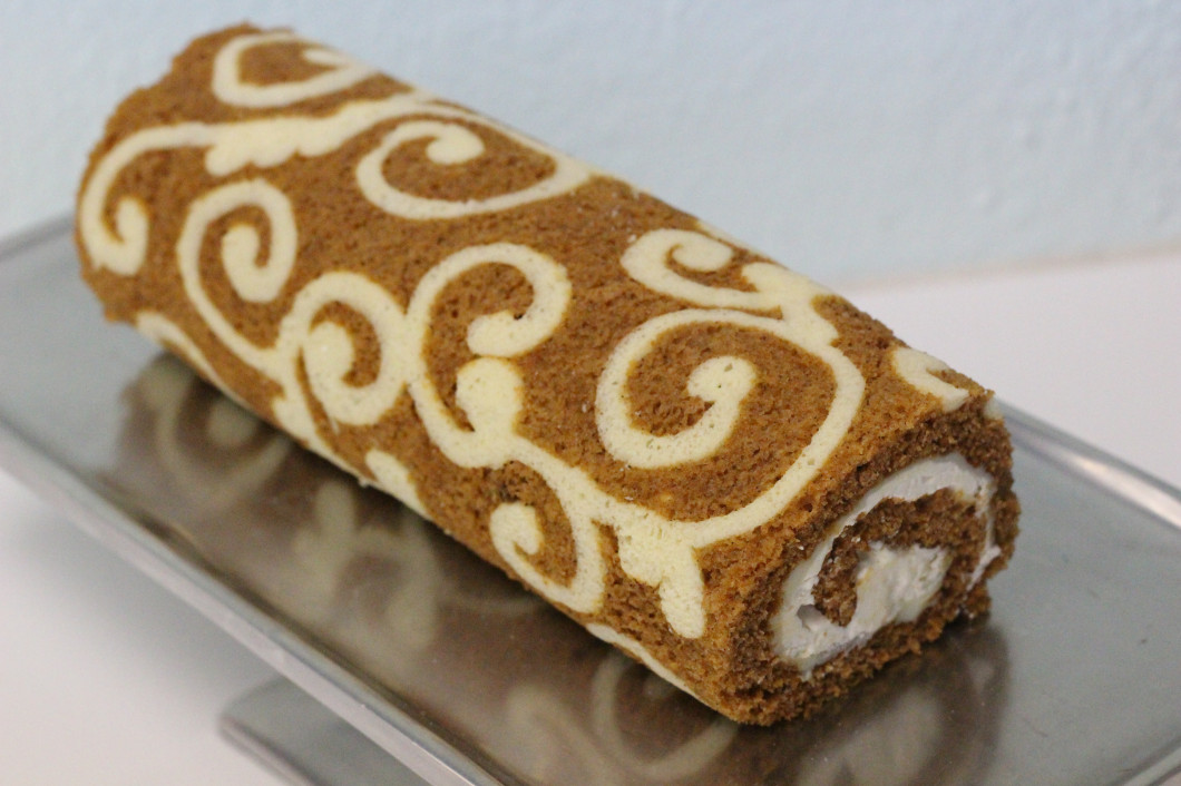 White Chocolate Pumpkin Cake Roll